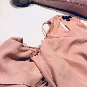 Tops - For Jessy 💟 Cold-Shoulder Flowy Blouse